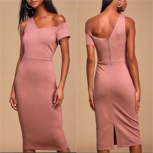 "Lulu's ""Deja Vu"" Mauve Off Shoulder Midi Dress"